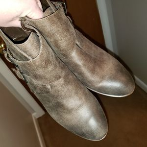 Rustic brown boots